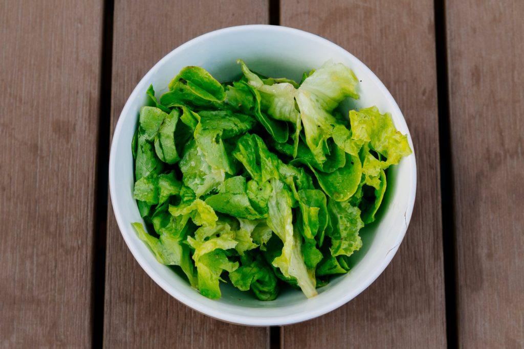 Frunze de salată verde