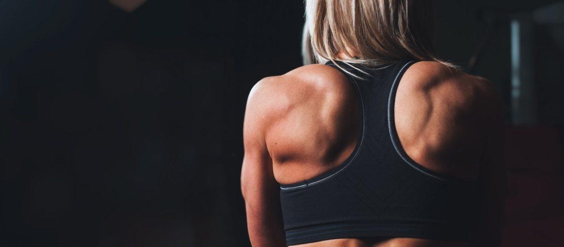 cum să slăbească doar partea superioară a corpului cum să îndepărtați grăsimea de burtă încăpățânată